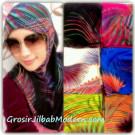 Jilbab Syria Abstrak Bulu Ayam, Jilbab Yang Modis dan Modern